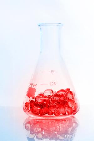 erlenmeyer: medical pills in the Erlenmeyer flask
