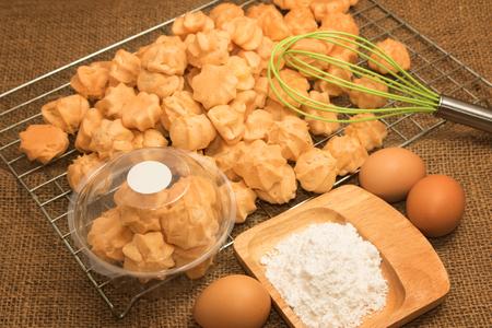 admixture: choux cream on the baking