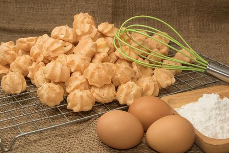 admixture: ingredient of choux cream