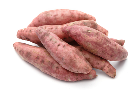 starchy food: Fresh yams isolated on a white background.