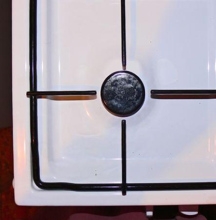 gas cooker: La celos�a de una cocina de gas es similar a una vista de un rifle de francotirador Foto de archivo