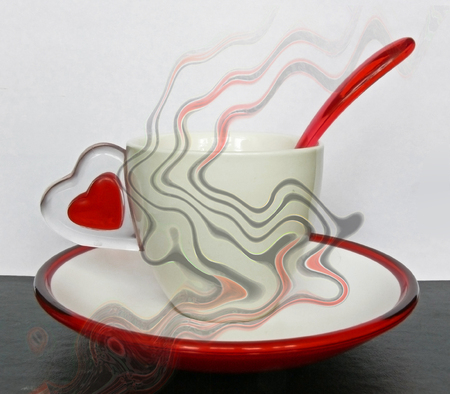 inexplicable: The tea pair with symbols (the handle in the form of heart) love is shrouded by magic trend