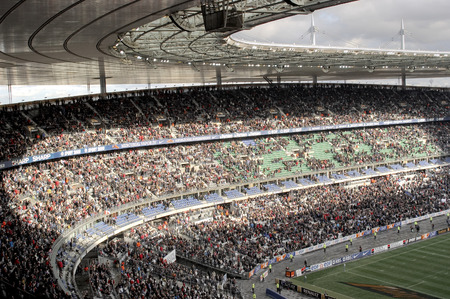 the Stade de France is the largest French stadium. It was built to be able to host the 1998 FIFA World Cup Editöryel
