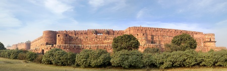 Panorama of the Red Fort in Agra, India Stock Photo - 13081442