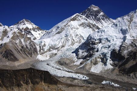 himalayas: Top of the world Everest 8848m from Kalapattar, 5545m