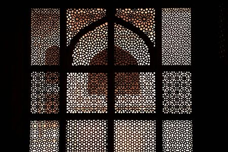 prayer tower: Marble tomb of shaikh Salim Chishti, completed in 1581