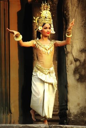 khmer: ANGKOR WAT, CAMBODIA -JANUARY 29: Apsara Dancer at Angkor Wat.