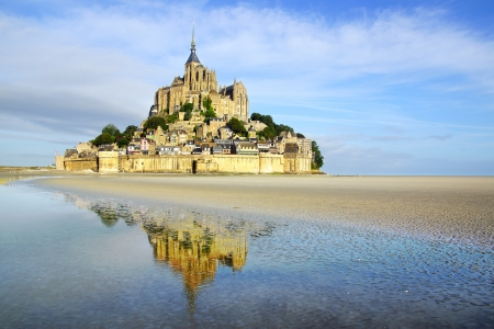 Landschap met Mont Saint Michel abdij Normandië, Frankrijk Stockfoto
