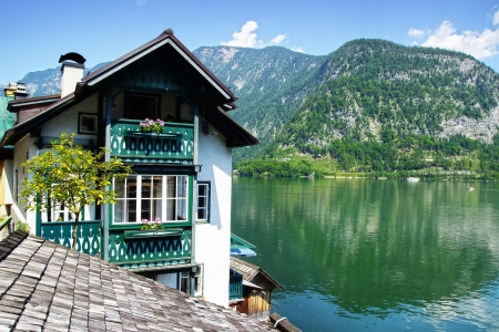 austrian village: Picturesque panorama of  Hallstatter See. Upper Austria Stock Photo