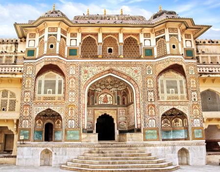 Particolare della porta decorata. Forte Amber. Jaipur, India Archivio Fotografico - 20018840