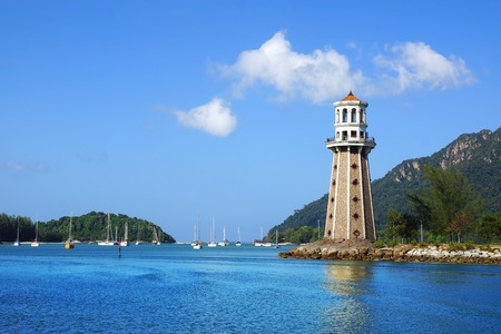 Lighthouse in Telaga Harbour. Langkawi, Malaysia Standard-Bild