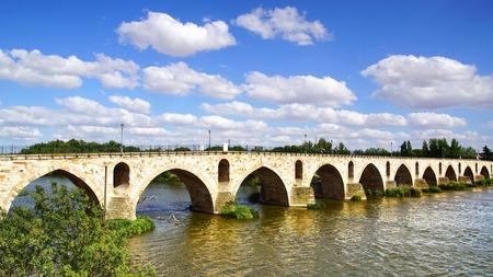 zamora: Medieval bridge over river Duero  Zamora, Spain