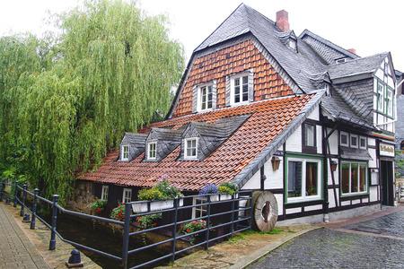 fachwerk: Old fachwerk house along the Abzucht Stream in Goslar, Germany.