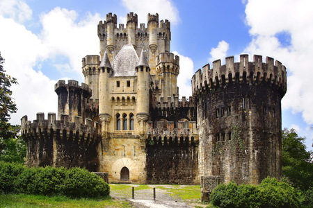 owes: GATIKA, SPAIN - MAY 31, 2014:  Butron castle. It dates originally from the Middle Ages, although it owes its present appearance to an almost complete rebuilding begun by Francisco de Cubas in 1878. Editorial