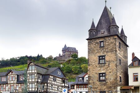 particularly: Bacharacher Marktturm. Rhine Valley has a particularly high density of important medieval military buildings;