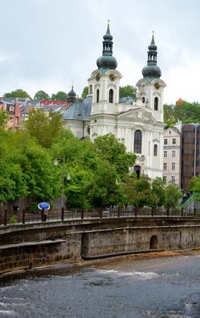 vary: A white church in Karlovy Vary