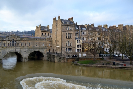 Bridge and buildings in Bath
