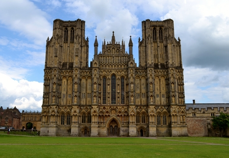 somerset: Facade from Wells cathedral and sky