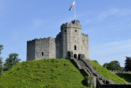 cardiff: Cardiff castle and blue sky