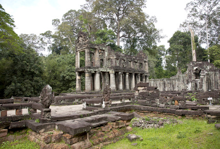 arcane: Scenic landscape with ancient Bayon temple (UNESCO world heritage site) - wide angle view, in Angkor Thom, Cambodia, South East Asia. Tradition, Culture and Religion. Stock Photo