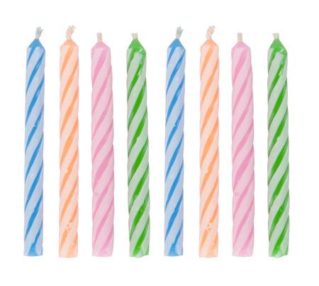 Verjaardag kaarsen geïsoleerd op een witte achtergrond. Stockfoto