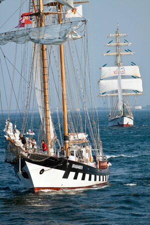 Brabander statek żaglowy podczas Kultury w 2011 Tall Ships Regatta, 20 dużych statków, kilkanaście mniejszych łodzi, 1000 participants.September 05,2011 w Gdyni, Polska