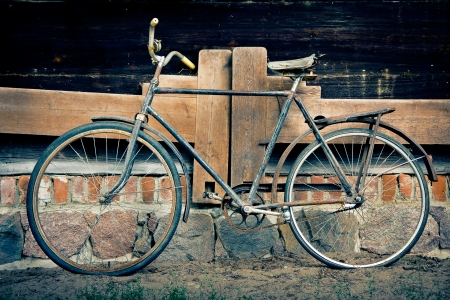 Old rusty  bicycle Stock Photo - 14964868