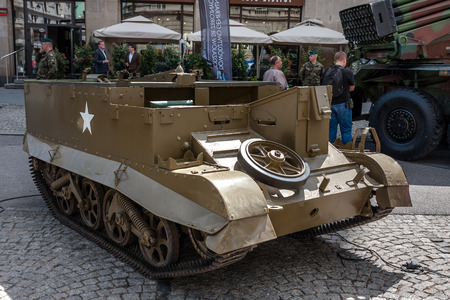the carrier: T16 Universal Carrier