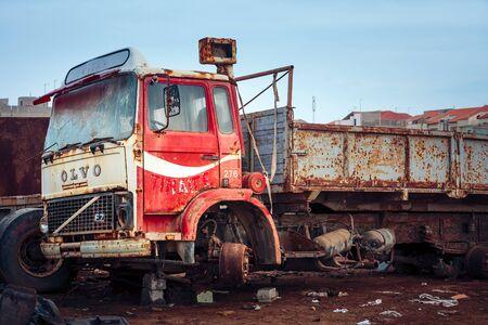 scrapheap: Rusty Volvo F7 truck at the scrap-heap