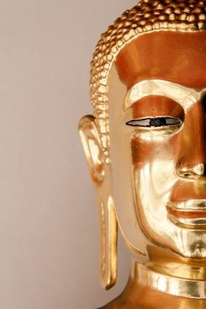 spirituell: half Face Golden buddha Stock Photo