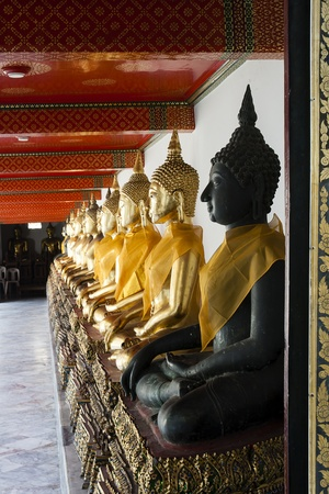 museum buddha black Stock Photo - 12340197