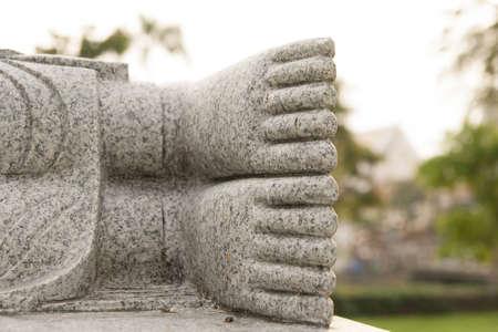 spirituell: foot of buddha