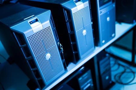rete di computer: Server di rete in sala dati.