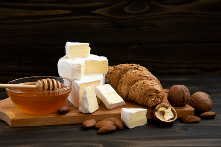 slices of cheese brie or camembert with croissants