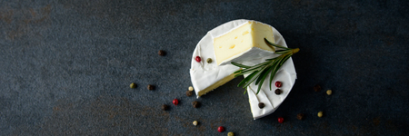 Cheese camembert or brie with fresh rosemary 写真素材 - 121839075