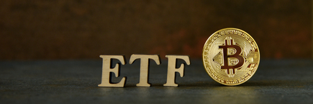 Bitcoin coin with ETF text on stone background 写真素材 - 121839232