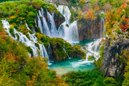 Detailed view of the beautiful waterfalls in the sunshine in Plitvice National Park, Croatia Stock Photo