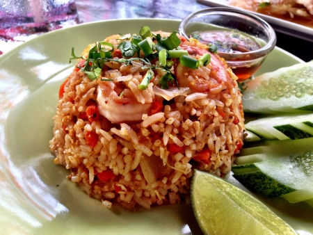 Tropical seafood fried rice Stock Photo - 21661990