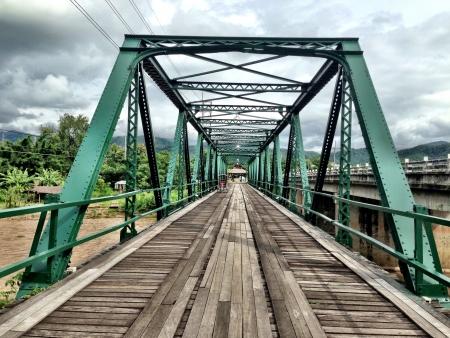 iron: Old streel bridge of Pai