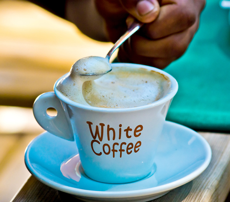 white coffee, excellent coffee with milk and its nice foam