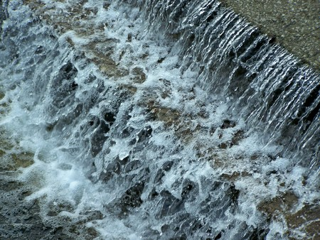 riverside: Nature: river, riverside, current water, fountain Stock Photo