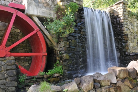 grist mill: Old stone grist mill in Sudbury, MA