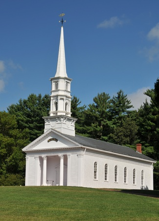 religious building: Martha Mary Chapel, a white clapboard New England church, in Sudbury, MA Stock Photo