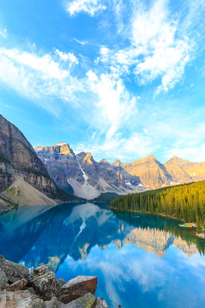 mountain valley: Idyllic Moraine Lake in Banff National Park, Canadian Rockies