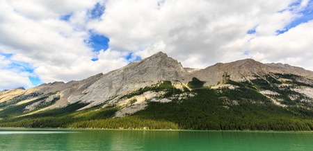 alberta: Maligne Lake in Jasper National Park, Alberta, Canada Stock Photo