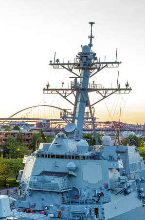 destroyer: Portland, Oregon - JUNE 7, 2014: Guided-missile destroyer USS Spruance (DDG 111) participates in the 105th Portland Rose Festival in Portland, Oregon.