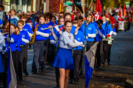 veterans day: Portland, Oregon, USA - November 11, 2015: Robert Gray Middle School Marching Band in the annual Ross Hollywood Chapel Veterans Day Parade, in northeast Portland. Editorial