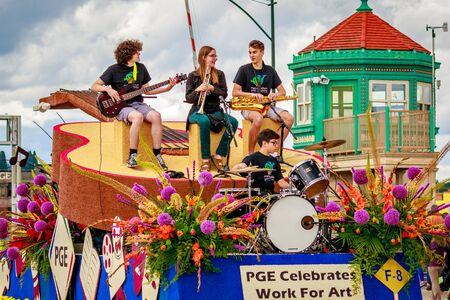 portland: Portland, Oregon, USA - June 11, 2016: Portland General Electric Float in the Grand Floral Parade during Portland Rose Festival 2016. Editorial