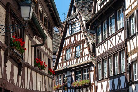 Strasbourg, France - Petite France, site du patrimoine mondial de l'UNESCO. Les maisons à colombages typiques d'Alsace