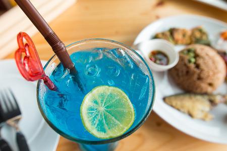 blue hawaiian drink: tropical cocktail, Blue Hawaii for summer Stock Photo